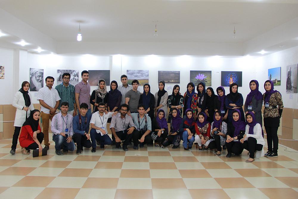 بازدید اعضای انجمن عکاسی اوز از دومین نمایشگاه عکس گروهی
